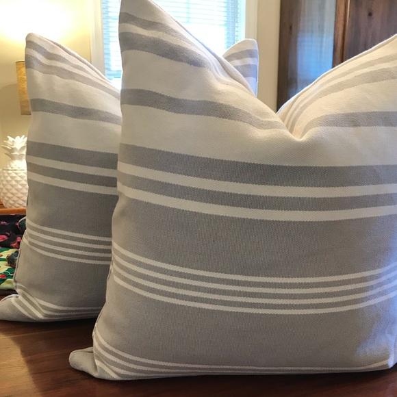 Outstanding 2 Calvin Klein Throw Pillows Andrewgaddart Wooden Chair Designs For Living Room Andrewgaddartcom